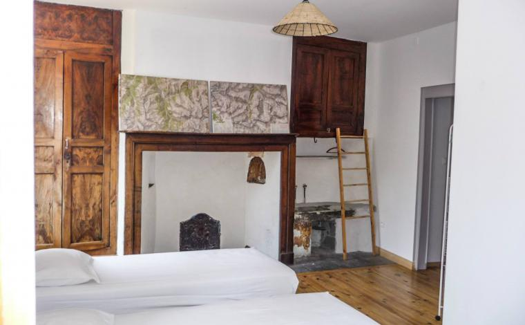 Dormitorio 5 camas individuales